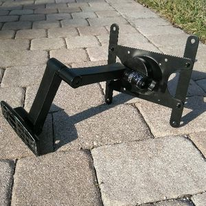 Wall Mount TV Bracket for Sale in West Palm Beach, FL