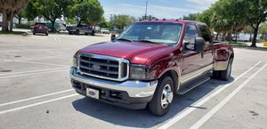 Ford F-350 Dually Lariat 2004 for Sale in Hialeah, FL