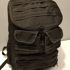 Eastsport Spacious Deluxe Cargo Black backpack for Sale in Waukegan, IL
