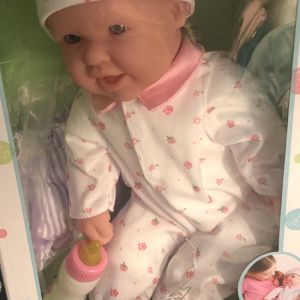 Baby Doll/ Muñeca Bebe for Sale in Gaithersburg, MD