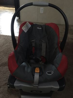 Chico car seat used but good condition (smoke free/animal free)$25obo for Sale in SPRINGFLD Township, MI