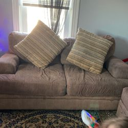 Small Couch for Sale in Pawtucket,  RI