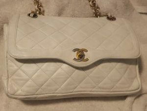 Authentic Vintage Chanel Bag for Sale in Los Angeles, CA