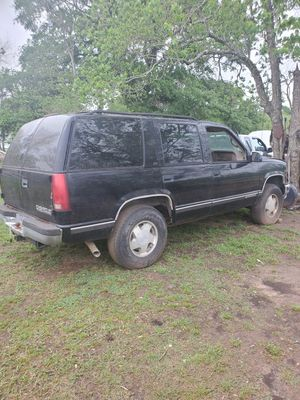 Chevrolet tahoe parts parts for Sale in Sealy, TX