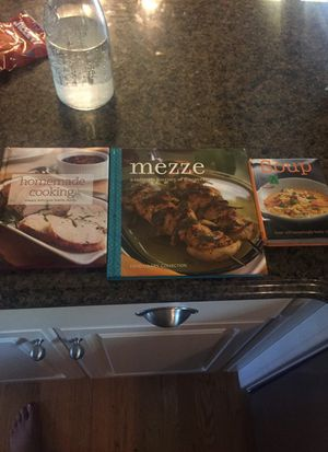 Cooking books bundle for Sale in Canton, MI