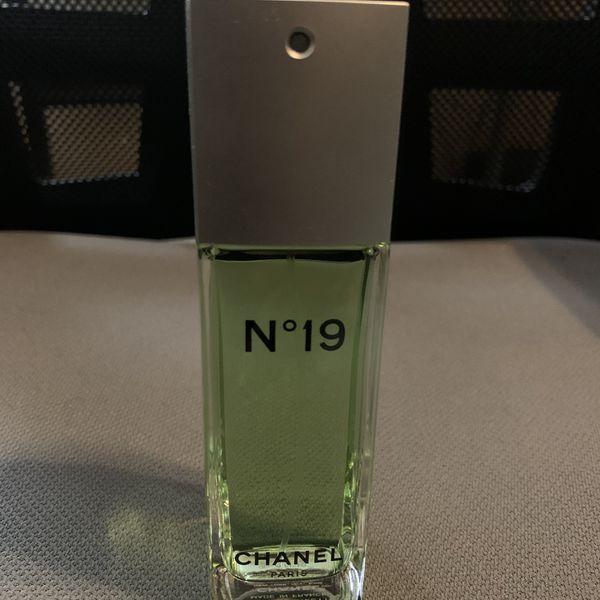 Chanel No 19 Perfume! Brand new!
