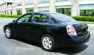 Nissan Altima - Excellent condition for Sale in Alexandria, VA