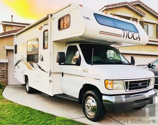 2003 Fleetwood Tioga Clear for Sale in Miami,  FL