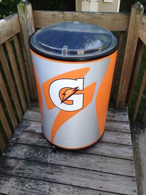 Gatorade cooler for Sale in West Haven, CT