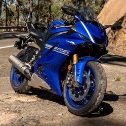 2017 Blue R6 Bodywork for Sale in Miami,  FL