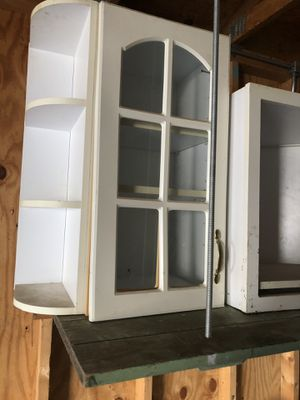Kitchen cabinets for Sale in Garfield Heights, OH