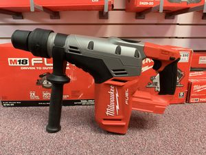 """New Milwaukee M18 1-9/16"""" SDS Max Rotary Hammer. 2717-20 for Sale in Waltham, MA"""
