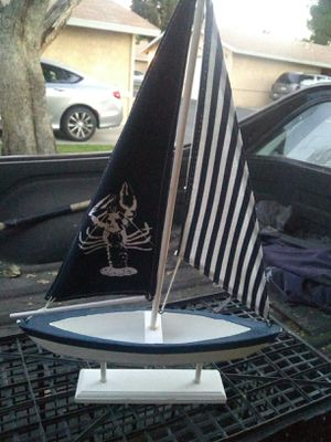 New decor sailboat! First $10 for Sale in Hesperia, CA