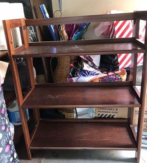 3 shelf book shelf for Sale in San Clemente, CA