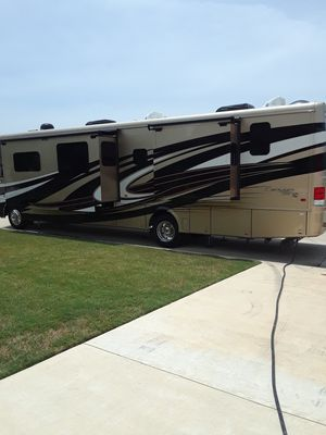2017 newmar canyon star. 24,000 miles for Sale in Sherman, TX