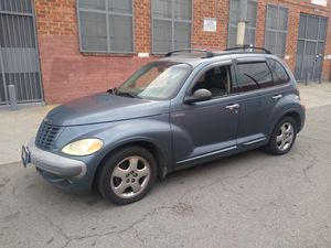 PT cruiser año2003 TRANSMISION ESTANDAR titulo limpio for Sale in Los Angeles, CA