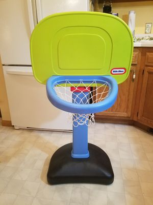 Little tikes adjustable basketball net for Sale in Mount Prospect, IL