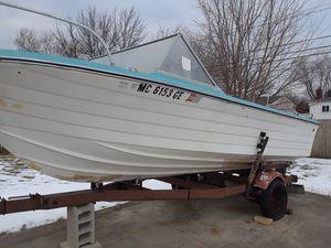 1967 Raider 18' boat with trailer for Sale in Warren, MI