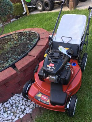 """TORO 22"""" self propelled lawn mower for Sale in Chicago, IL"""