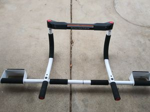Pull up bar for Sale in Galt, CA