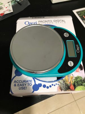 Ozeri kitchen scale like new for Sale in Miami, FL