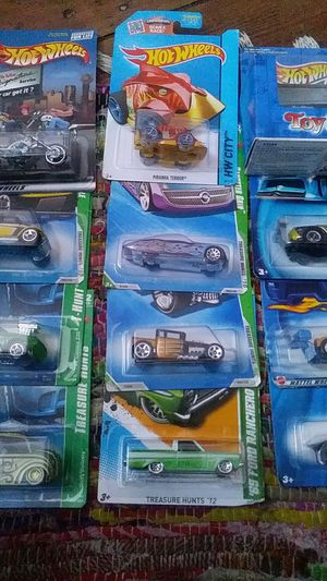 Hot wheels lot of 12 car for Sale in Baltimore, MD