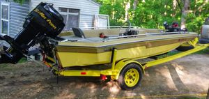 1979 CHAMPION BASS BOAT for Sale in Hillsboro, MO