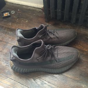 Yeezy Boost Need Sold Today!!!!!!!! for Sale in Indianapolis, IN
