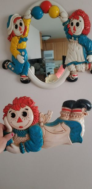 1977 raggedy ann &Andy wal decor for Sale in Yakima, WA