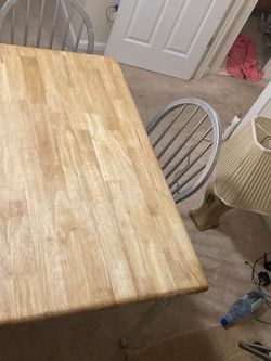 Wooden table for Sale in Edison,  NJ