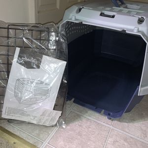 Brand New Small Dog or Cat AmazonBasics Kennel for Sale in Washington, DC