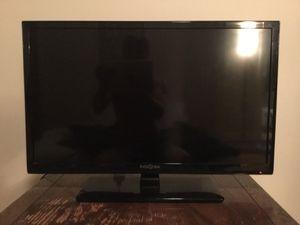 """Insignia 28"""" HDTV w/ DVD - perfect condition for Sale in Lynchburg, VA"""