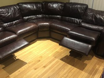 Sectional Sofa With Recliner Seats for Sale in Hickory Hills,  IL