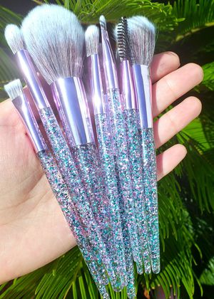 10pcs makeup brush set for Sale in Los Angeles, CA