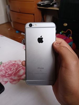 Iphone 6s 32gb simple mobile not used for Sale in Queens, NY