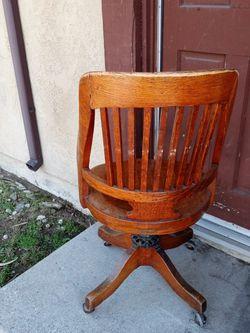 Old Antique Desk Chair for Sale in La Puente,  CA