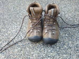Women's Keen Hiking Boots 6.5 for Sale in Bonney Lake, WA