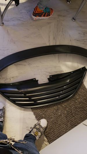 Flat black spoiler and grill for a 2011& up Hyundai sonata for Sale in Cleveland, OH