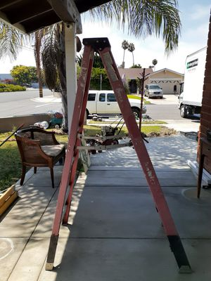 6ft. Ladder for Sale in Huntington Beach, CA