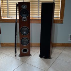 Front Stage Polk Audio Channel Set for Sale in Toms River,  NJ