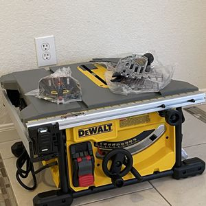 NEW DEWALT 8-1/4 IN. COMPACT JOBSITE TABLE SAW for Sale in Spring, TX