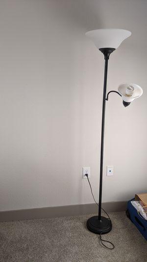 Floor lamp for Sale in Frisco, TX