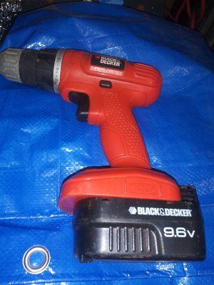 Black & Decker battery operated screw gun for Sale in Pompano Beach, FL