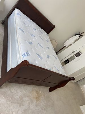 Bedroom set of 6 for Sale in Dumfries, VA