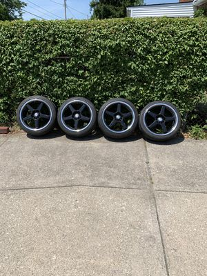 "18"" rims needs 4 tires for Sale in Cleveland, OH"