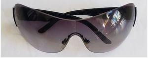 Versace (Unisex Sunglasses / Retail Price $350) for Sale in Mountlake Terrace, WA