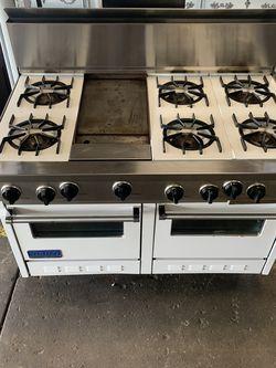 "48"" 6 Burner Viking Range w/Oven for Sale in Tallahassee,  FL"