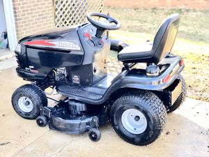 Craftsman Riding Mower with Bagger for Sale in Fort Washington, MD