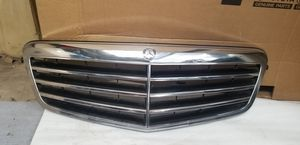 2010 - 2012 Mercedes benz Eclass grill Oem for Sale in Los Angeles, CA