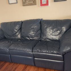 Leather Reclining Sofe for Sale in Hillsboro,  OR